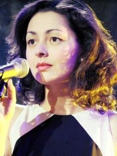 У Марина Кравец есть эротические фотографии. Выложены на Starsru.ru