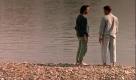 — Мы направляемся к морю, ты там никогда не был. — Кажется, я уже не хочу… — Тебе в раю не о чем будет говорить. — Да знаю, я хочу на море, но мне страшновато… — Знаешь что? Бояться глупо.