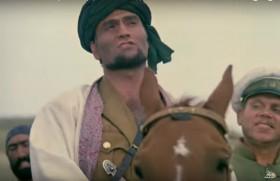 Мой отец перед смертью сказал: «Абдулла, я прожил жизнь бедняком и я хочу, чтобы тебе Бог послал дорогой халат и красивую сбрую для коня». Я долго ждал, а потом бог сказал: «Садись на коня и возьми сам, что хочешь, если ты храбрый и сильный».