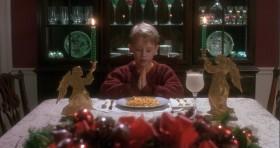 Господи, благослови этот питательный, микроволнового приготовления ужин из макарон с сыром и людей, благодаря которым он появился в продаже.