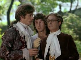 Будучи в некотором нервном перевозбуждении, герцог вдруг схватил и подписал несколько прошений о разводе словами: «На волю, всех на волю!»