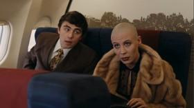 — Мальчик! Водочки нам принеси. — Извините, но мы не разносим напитки во время взлета и набора высоты. — Мальчик, ты не понял! Водочки нам принеси! Мы домой летим! — Понял, сейчас сделаем.