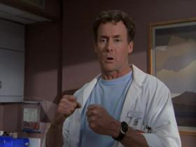 - Вот что я вам скажу, если мы хотим победить болезнь, - а мы её победим - мы сделаем это единственным способом, мы должны стать командой, командой, командой, командой. Понятно? - Да, Доктор Кокс! - Сисечка моя, я щас вообще не с тобой общаюсь.