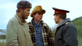 — Вы арестованы! — У тебя пистолетик-то есть? — Тогда задержаны.
