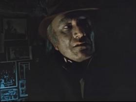 - Это кто там гавкает? - С тобой, свинья, не гавкает, а разговаривает капитан Жеглов!