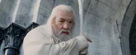 Денетор - отец Боромира. Будет крайне неразумно говорить ему о том, что его сын погиб... И ничего не говори о Фродо и кольце... И ни слова о войске Арагорна... Лучше тебе вообще помалкивать, Перегрин Тук!