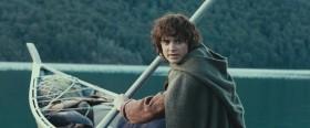 - Вернись, Сэм. Я пойду в Мордор один. - Конечно, один. А я пойду с вами.