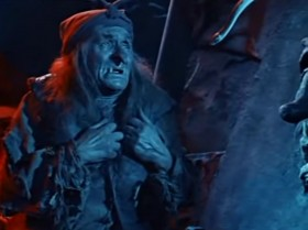 Ох и плохо мне! Ох и худо! Не горячка у меня, не простуда! Губит бедную старушку не хвороба, губит, душит сиротинку злая злоба! Ох, я и спать не могу! Я и жрать не могу! Ох, обидел гость незваный Бабушку-Ягу!