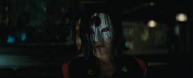 <b>Харли Квинн:</b>- Что будешь, Крок? <b>Капитан Бумеранг:</b>- Кровавую Мэри, да? <b>Убийца Крок:</b>- Алкоголь отупляет... <b>Харли Квинн:</b>- Крок, конец света ведь, выпей с нами! <b>Убийца Крок:</b>- Пива. <b>Капитан Бумеранг:</b>- Вот, молодца! Дайте товарищу пивчанского. <b>Харли Квинн:</b>- А тебе, зажигалка? <b>Эль Диабло:</b>- Водички. <b>Харли Квинн:</b>- Хорошая идея, котик. Ниньдзя? Тебе сакэ плеснуть? <b>Катана:</b>- Виски.  <b>Дэдшот:</b>- Мне че, двенадцать лет?
