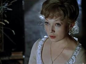 - Фрау Марта, я не расслышал, который час? - Часы пробили три, барон два, стало быть, всего пять!