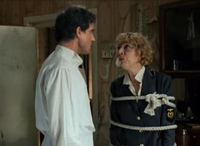 - Васенька! У меня там заначка спрятана... достань... - Я не Васенька! Я Иннокентий Шнипперсон, народный артист! Что? - Кешенька! У меня там заначка спрятана... достань...