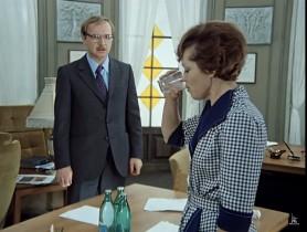 - Если вы директор, вы думаете, всё можете себе позволять?! Уничтожать! Топтать! - Вас - да. - Бить, да? - И будет мало.