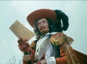 Для Атоса это слишком много, а для графа де ла Фер - слишком мало.