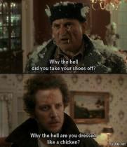 - Марв? - Гарри? - Какого чёрта ты снял туфли? - Какого чёрта ты стал курицей?