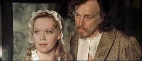 Принцессы сами не появляются, их надо искать, пленять, завоёвывать. Вы готовы женить принца на ком угодно, лишь бы он всегда был возле вашего шлейфа!