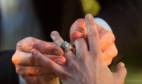 """— Погоди, а как же мы тогда вернемся? — Не уверен, что у """"нас"""" получится. Боюсь, кольцу не хватит мощности на нас двоих. — Нет, я не оставлю тебя здесь. — Тебе придется. Ты еще нужна миру, Хлоя Декер. *начинает снимать кольцо* — Нет! Ты не обязан этого делать! — Знаю. Знаю, что не обязан. Это мой выбор. Я выбираю тебя, Хлоя. Потому что... *снимает кольцо и надевает на палец Хлои; Люцифер начинает гореть* Я выбираю тебя, потому что я люблю тебя."""
