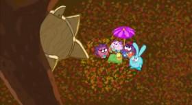 Друзья стояли под зонтиком и чувствовали как они греют друг друга своим теплом, накопленным ими за лето, ещё они чувствовали, что этого тепла им хватит надолго и, уж точно, до следующего лета.