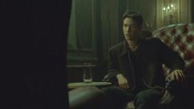 - Ты веришь в судьбу, Нео? - Нет. - Почему? - Неприятно думать, что тобой манипулируют.