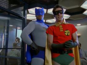 - А! Вот наши Бэтмен и Робин! - [<em>мысленно</em>] Чёртовы комплексы! Насколько же низка моя самооценка, если даже в собственных фантазиях я лишь помощник главного героя?!